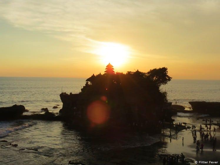 Sunset @ Pura Tanah Lot (snake temple)