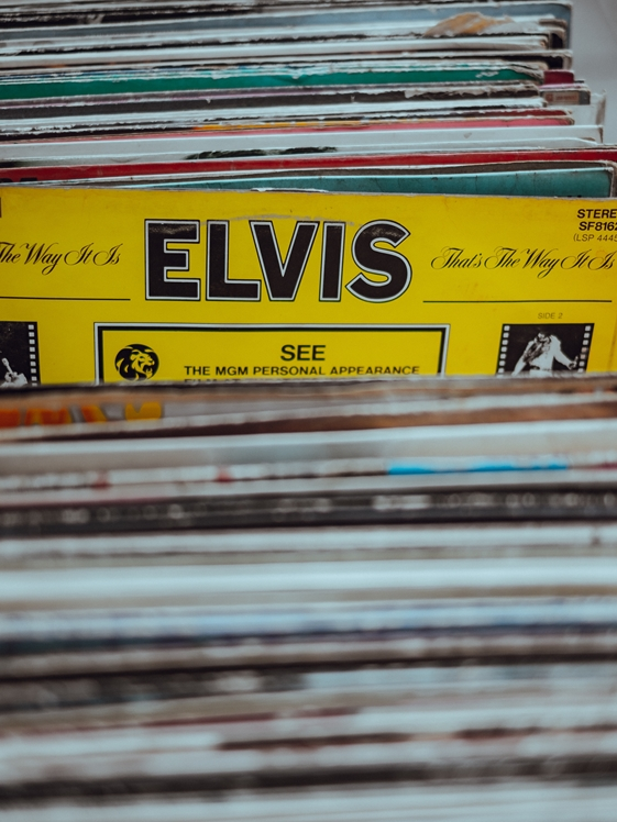 Elvis record (photo credits Clem Onojeghuo)
