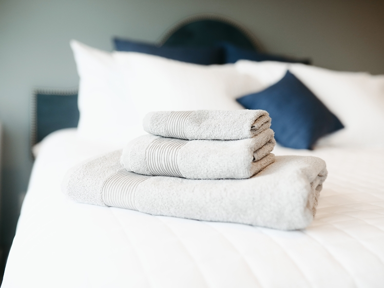 You do not need new towels every day when staying at a hotel, travel climate friendlier