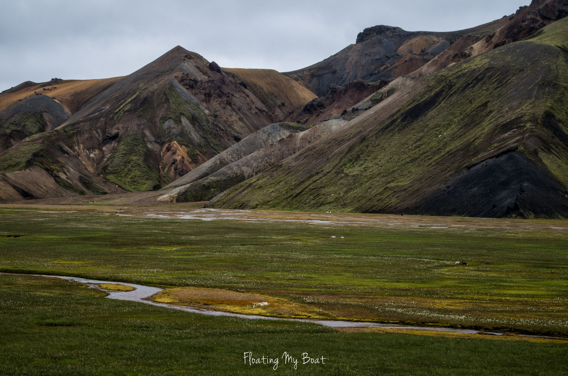 colourful-mountains-laugavegur-iceland