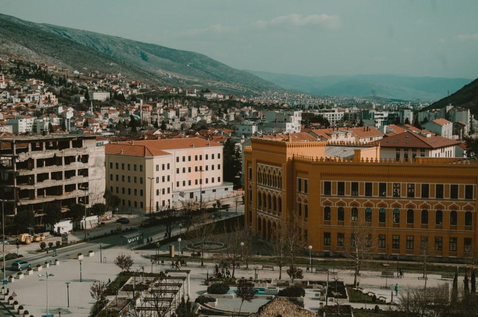 Co robić i co zobaczyć w Mostarze w Bośni i Hercegowinie - niepoprawny przewodnik turystyczny