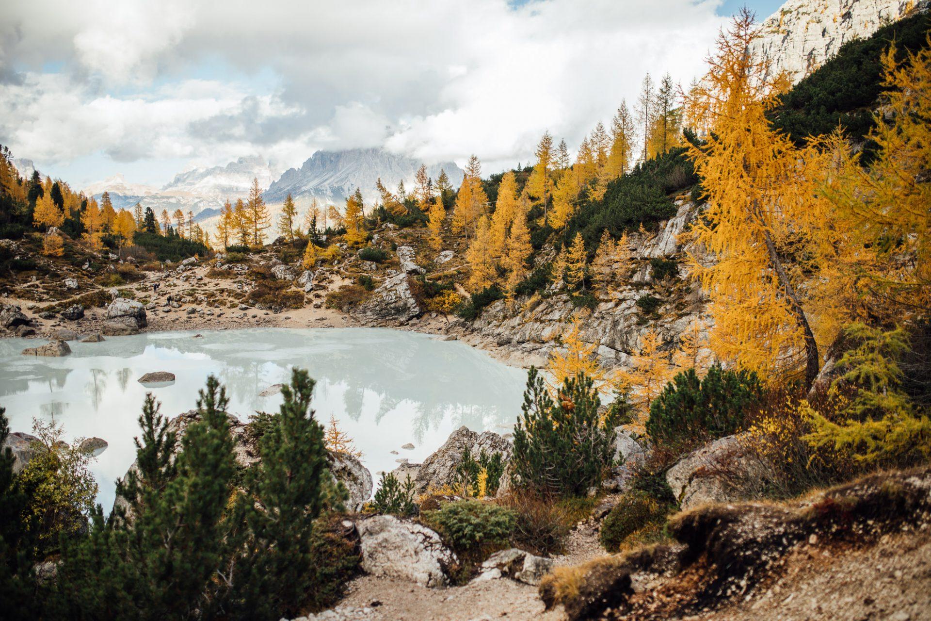 dolomity-co-zobaczyc-lago-di-sorapis-najpiekniejsze-jeziora