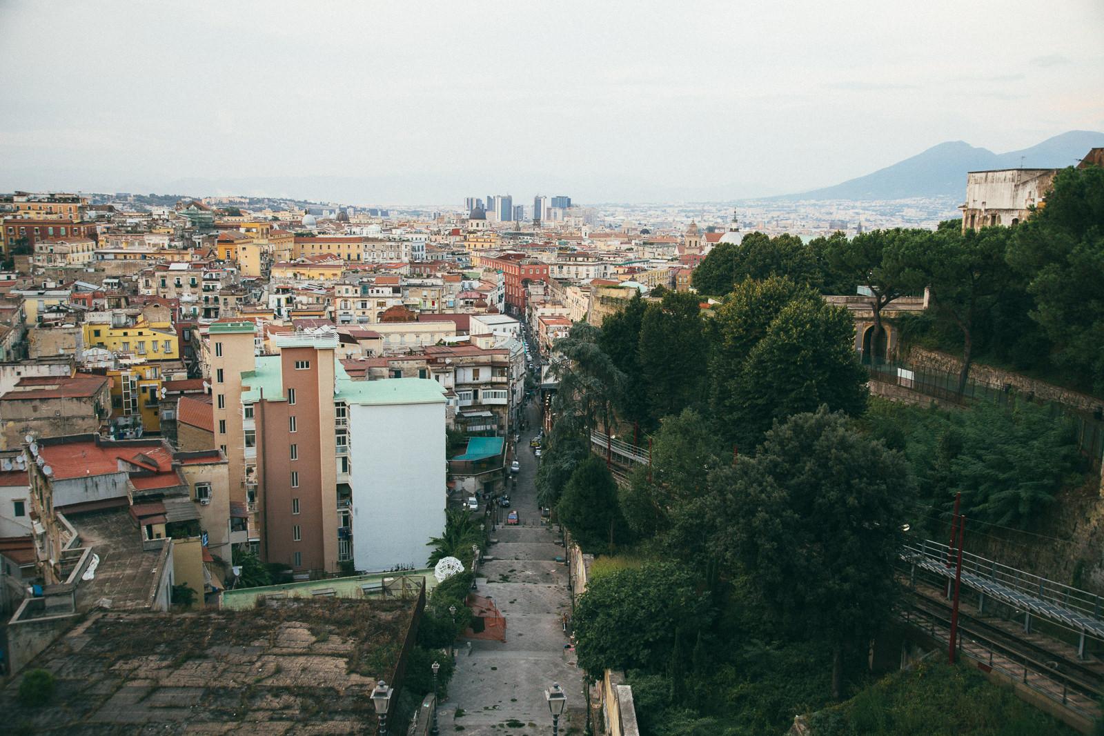 najlepsza-panorama-Neapolu-co-zobaczyć-w-neapolu