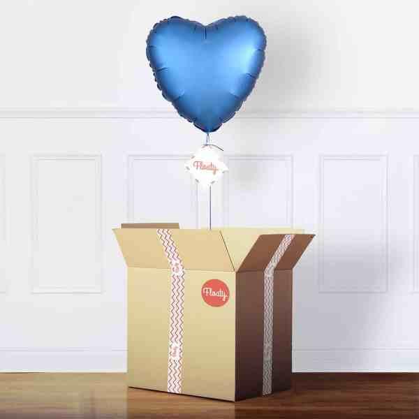 Herzluftballon Satin Blau mit Karton