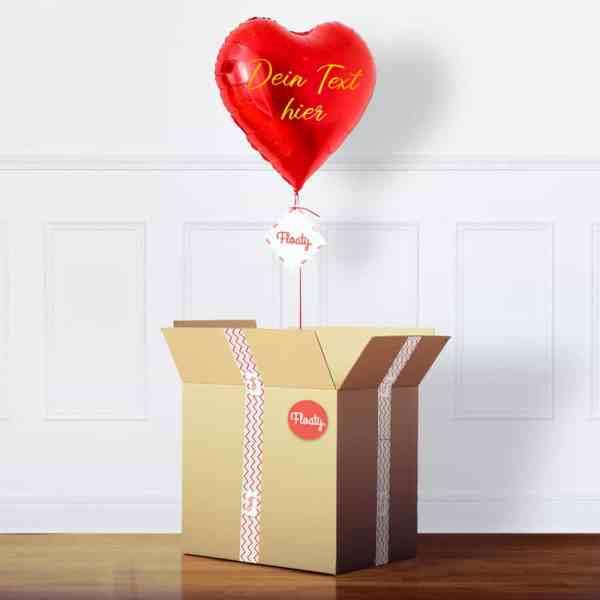 Personalisierter roter Herzluftballon im Karton