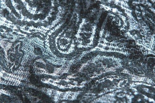 Tessuto da camicia floccato