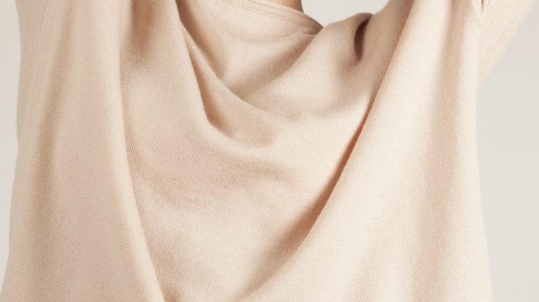 Merino wool sweater in blush