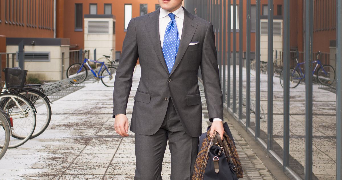 SuitSupply La Spalla Fit Suit In Review