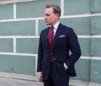Using a Red Jacquard Tie with a Navy Suit