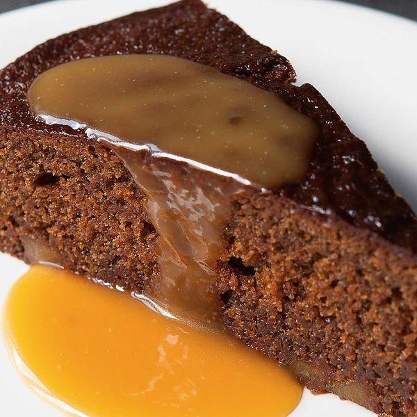 Easy Apple And Cinnamon Cake Recipe