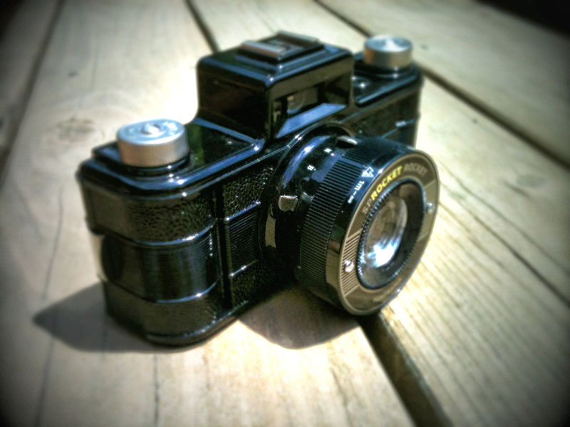 Sprocket Rocket Camera : Film is fun again with the sprocket rocket u flogging english