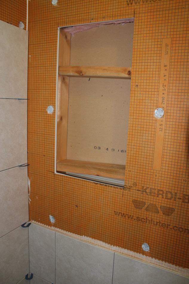 Installing a Kerdiboard niche