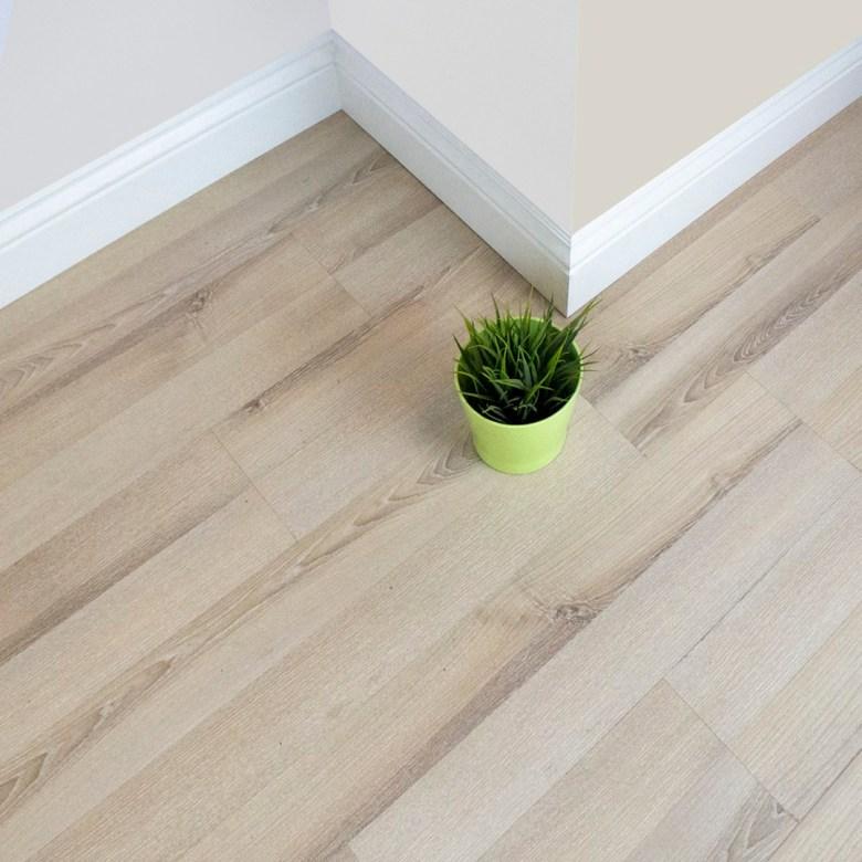 Laminate HardWood parquet made in Malaysia | Best wood flooring store in UAE | High quality flooring for 20 yrs warranty | FLOOR EXPO Dubai, Abu Dhabi, Al Ain