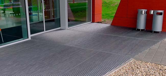 Technical aluminium carpets