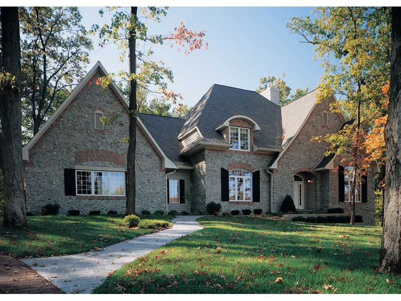 Chalet House Plan 5
