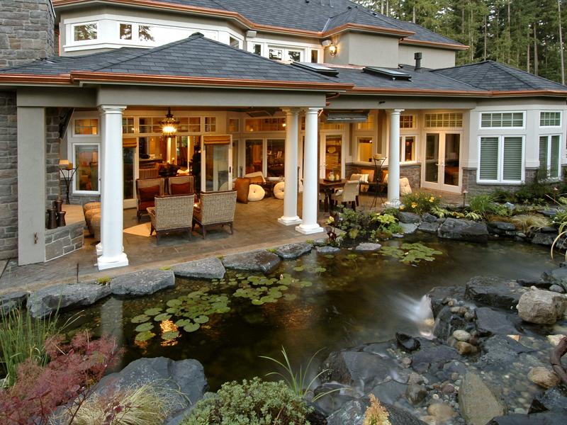 Emerald Ridge Luxury Home Plan 071S-0051