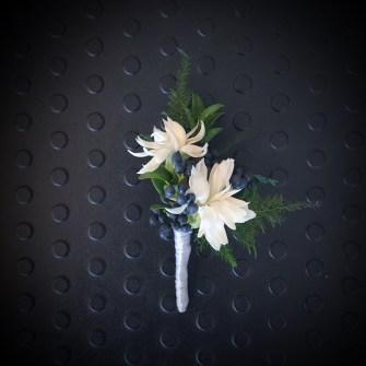 Star carnations & privet berries