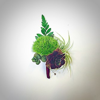 hodgepodge boutonniere