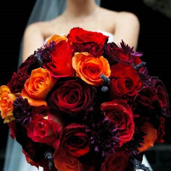 classic fall colored bridal bouquet