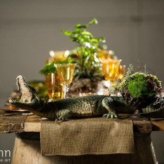 swampy bayou themed tablescape