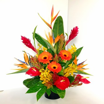 Vibrant tropical arrangement - medium