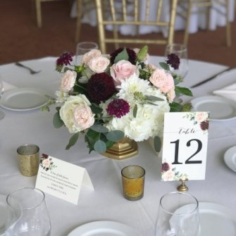 centerpiece in burgundy, blush / light pink and white