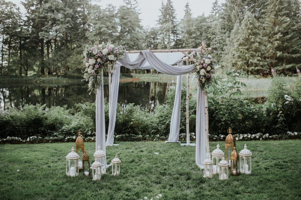 bohemian-portland-forest-wedding-13-600x400