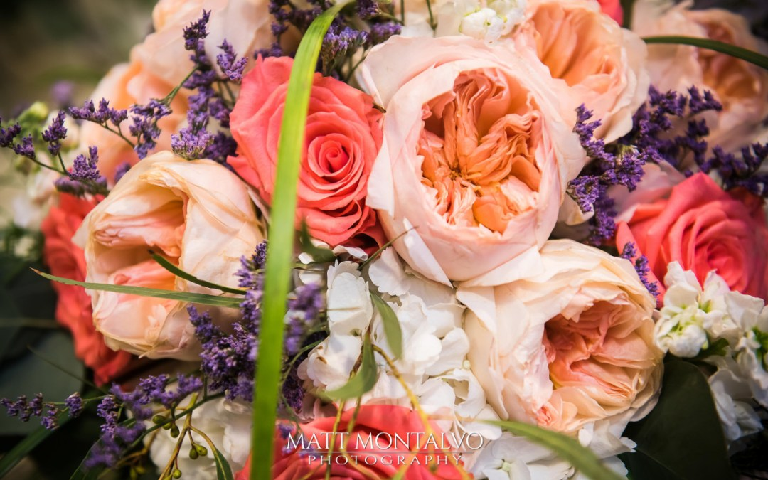 Matt Montalvo photography - wedding trends bouquet