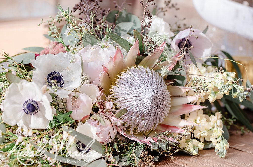 The Best Blossoms For Your Oversized Bouquet