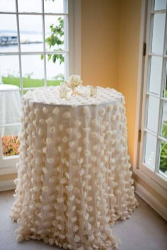 45Flora-Nova-Design-elegant-outdoor-wedding-seattle
