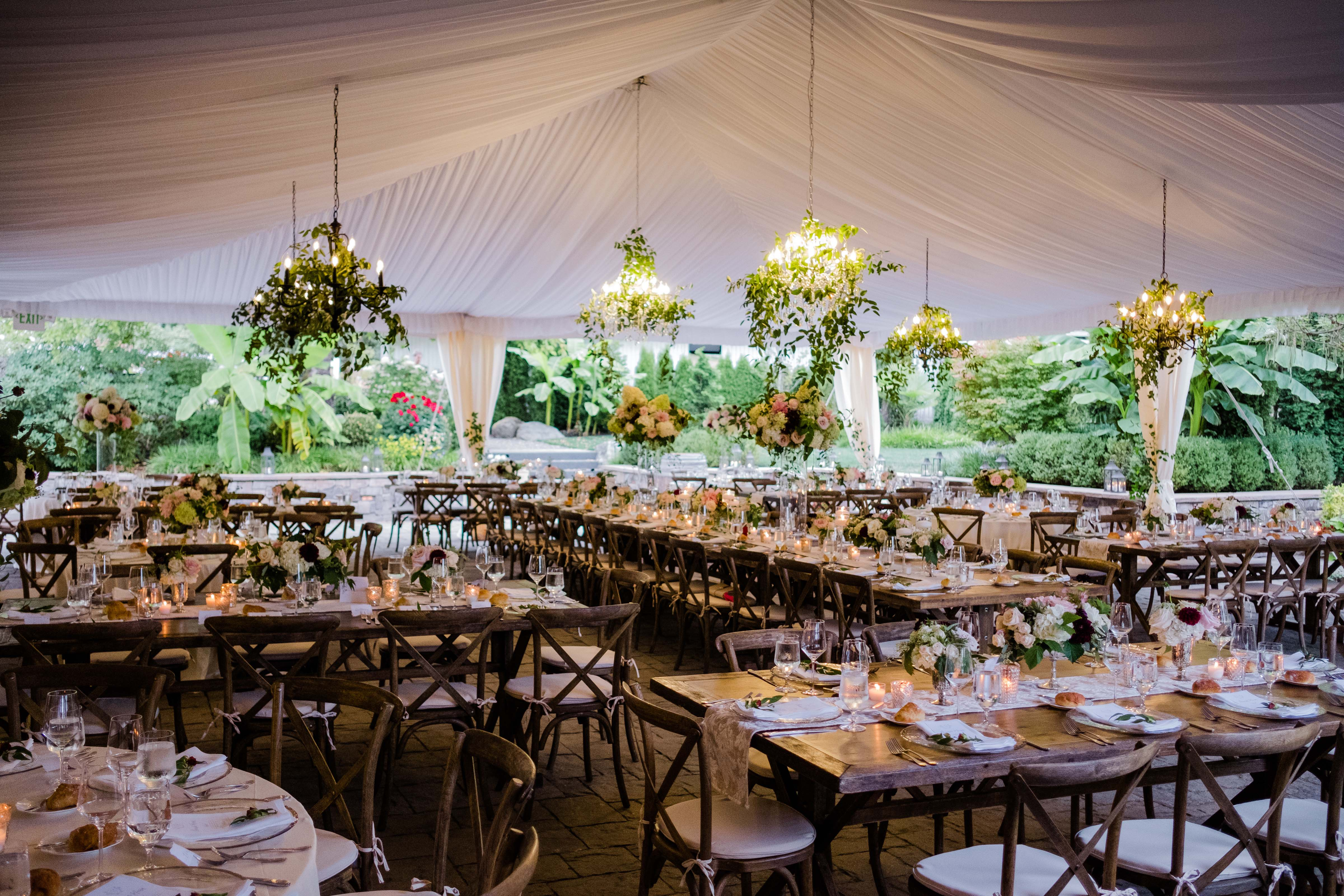 tent reception at Chateau Lill