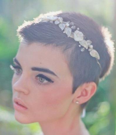 cheveu très court mariage florence coiffure domicile