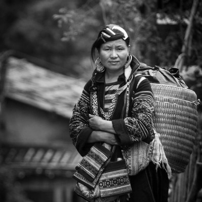 Hmong woman in Sa Pa