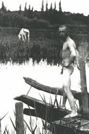 Igor Stravinsky bathing (1911)