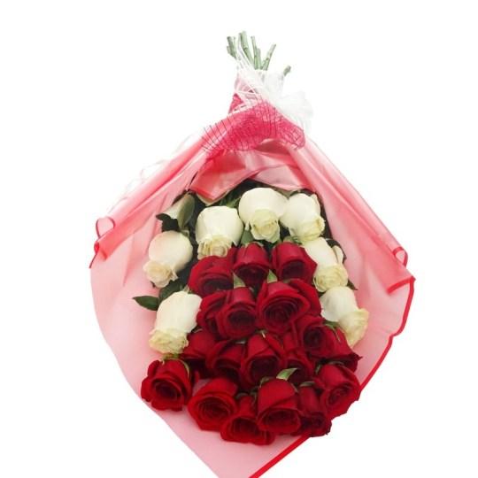 Ramo Grande de Rosas Rojas y Blancas