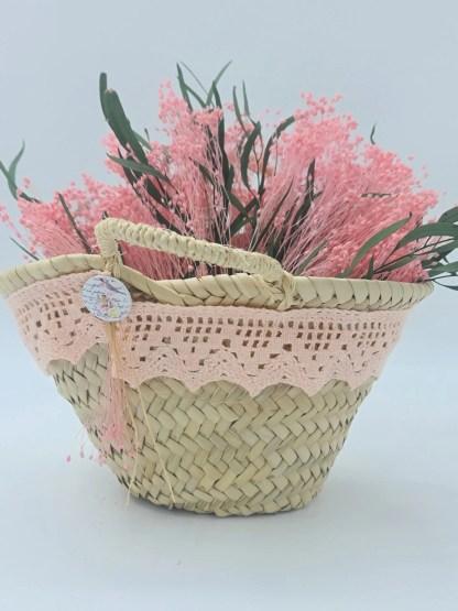 cesto mimbre flores preservadas