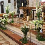 Decoración ceremonia religiosa. Flores del Patio
