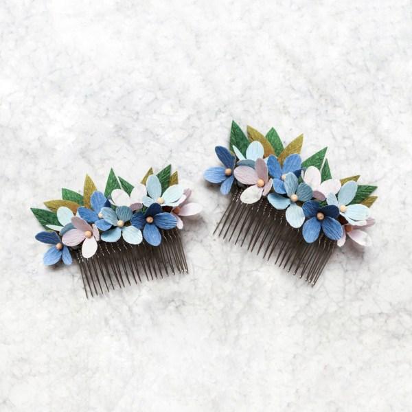Tocado de flores azules