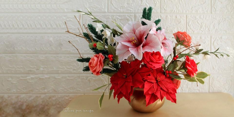centro de mesa de flores de papel crepé