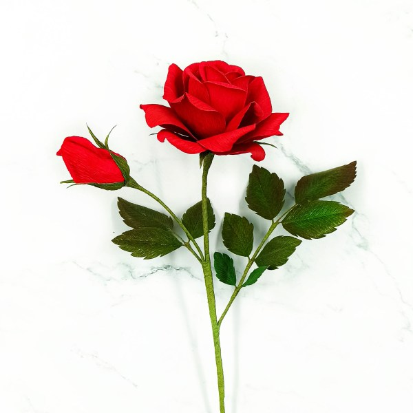 rosa roja realista papel crepé, ramo rosas de papel, flores para siempre