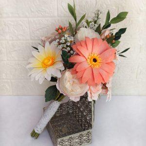 ramo con gerberas flores de papel
