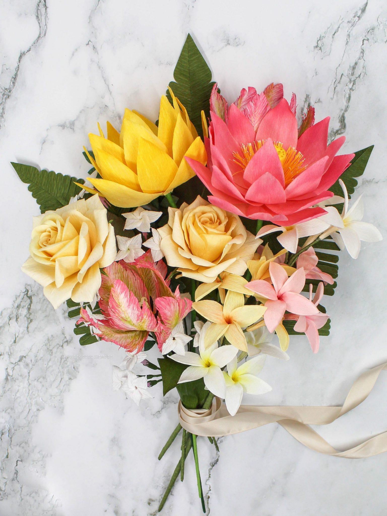 ramo tropical de flores de papel, ramo de papel, rosas amarillas de papel, plumerias, lotos y tulipanes parrot rosas de papel, flores para siempre