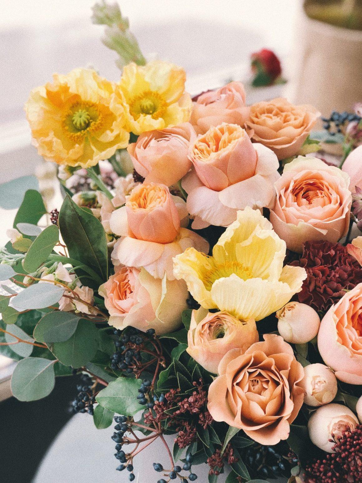 tendencias flores de papel 2021, tendencias ramos de novia 2021, paletas de colores para flores, bodas y eventos 2021