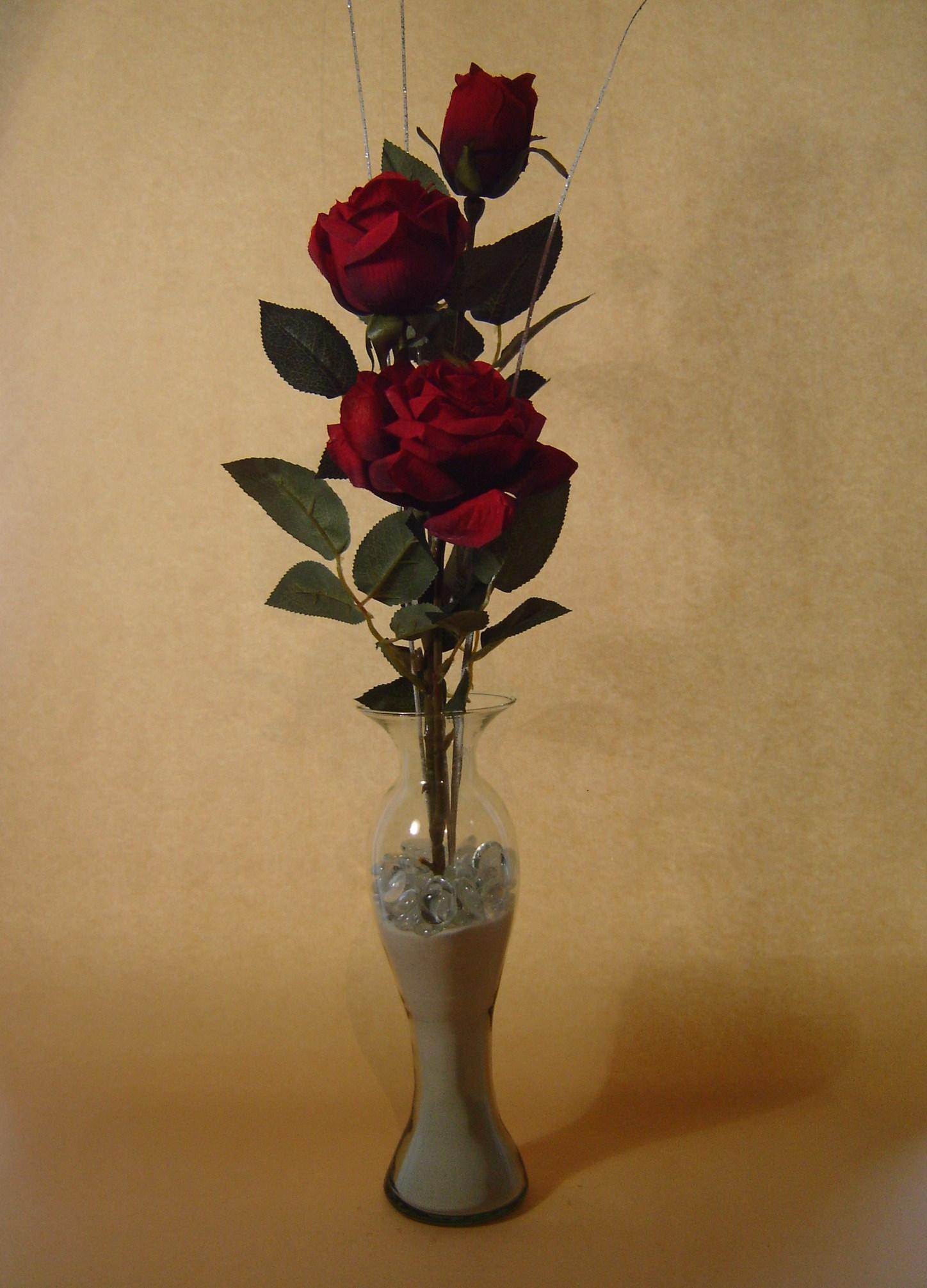 Rosas  Base florero de cristal  floresyarenita