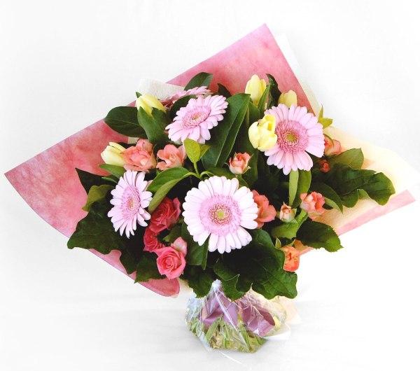 Flowers & Bouquets Petite posy