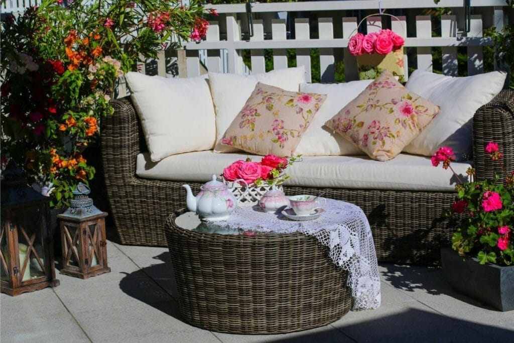 30 best patio plants and flowers for
