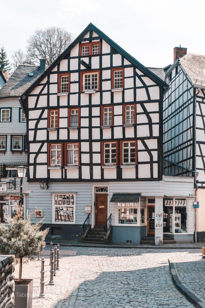 Monschau Deutschland |Eifel |Monschau |Germany |Fachwerkhaus Monschau