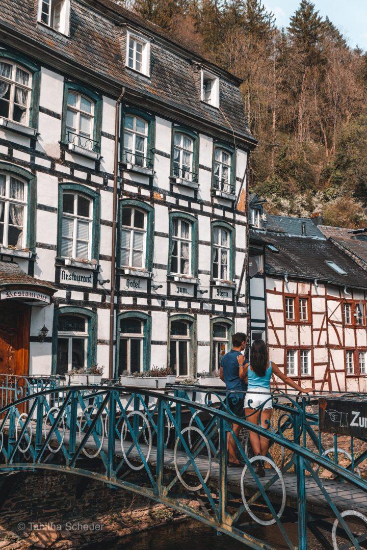 Monschau Travel Couple Bilder |Bilder Monschau