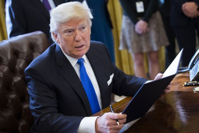 Trump Dogged by Insecurity Over Popular Vote, Media Coverage