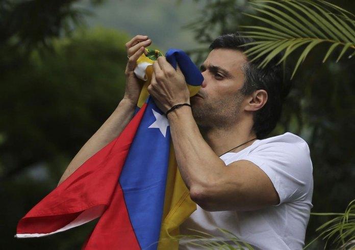 Venezuela's Opposition Leader Leopoldo Lopez Given House Arrest